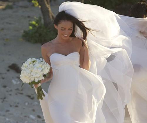Megan Wedding Dress: Megan Fox Marries Brian Austin Green